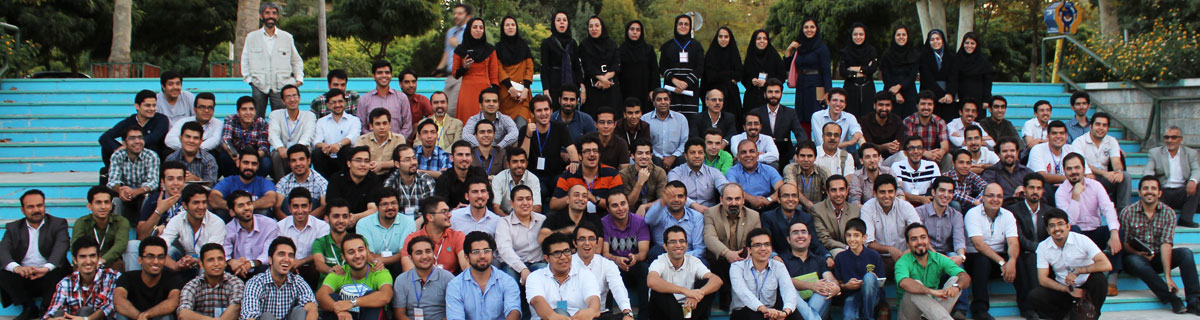 عکس-یادگاری-شرکت-کنندگان-در-اولین-استارتاپ-ویکند-مشهد-در-دانشگاه-فردوسی